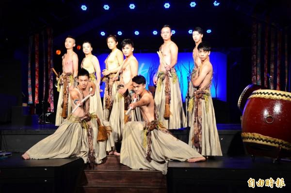 十鼓擊樂團應邀赴美表演,要展現台灣原創藝術的生命力(記者吳俊鋒攝)
