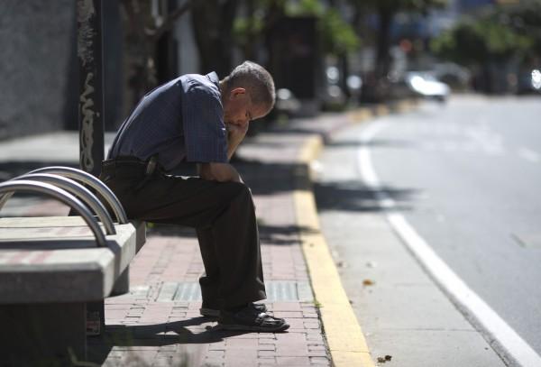 研究指出,美國人睡眠不足問題嚴重,導致每年經濟損失超過4000億美元。(美聯社)
