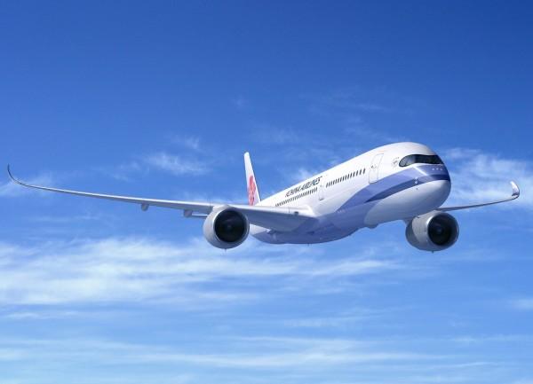 關西機場持續關閉, 國籍航空部分航線改大機型疏運。(華航提供)