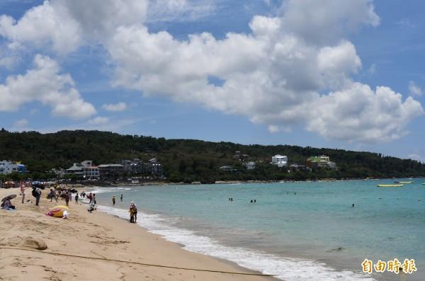 台灣擁有豐富的海岸線及離島資源,非常符合俄羅斯旅客一到夏季就往沙灘跑的旅行特性。圖為墾丁。(資料照)