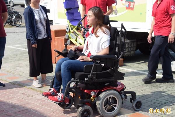 彰化縣推動身障者輔具據點,希望讓身障者有被愛被關懷的感覺,圖為情境畫面,非本新聞事件人物。(記者張聰秋攝)
