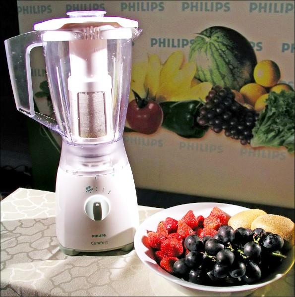營養師建議水果還是盡量能吃就吃,別都依賴果汁攝取營養。(本報資料照)