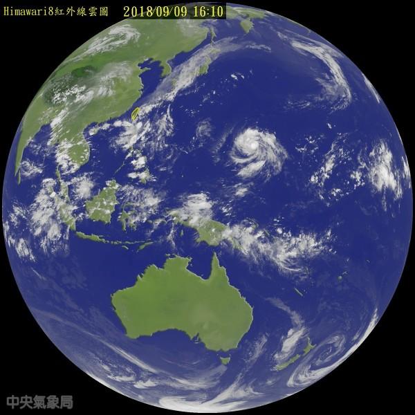 山竹颱風距離台灣仍有3千多公里。(圖擷取自中央氣象局)