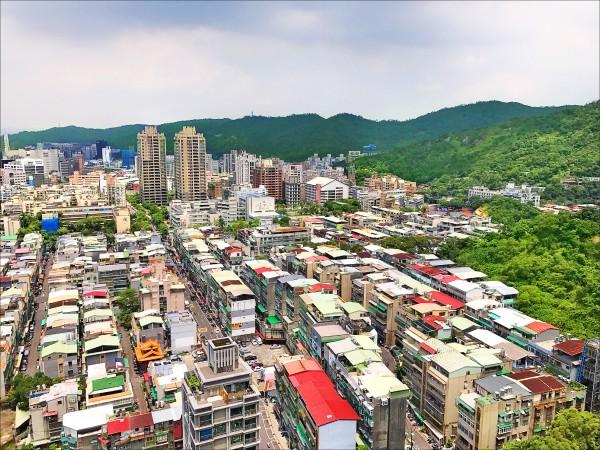 危老上路已超過一年,台北市有30多案在排隊等待。(資料照)