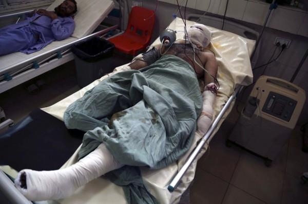 阿富汗11日傳出自殺炸彈攻擊,造成最少32人死亡,128人受傷。(歐新社)