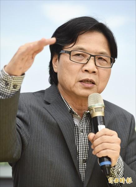 台大校長爭議八個多月,教育部長葉俊榮昨日要求台大校長遴選會召開會議,重啟校長遴選。(記者羅沛德攝)
