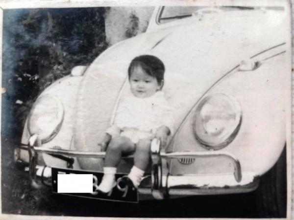 福斯金龜車將停產,網友秀出50年前老照片回憶美好時光。(網友提供)