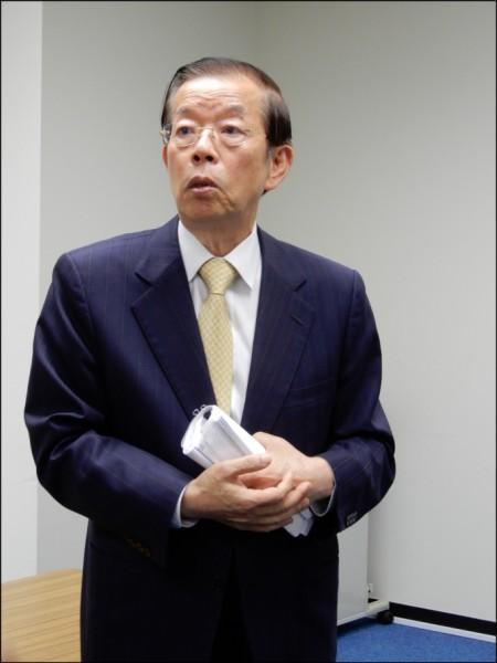 台大政治系教授蘇宏達發表「誰殺了我們的外交官?」一文,引發爭議。圖為駐日代表謝長廷。(資料照)