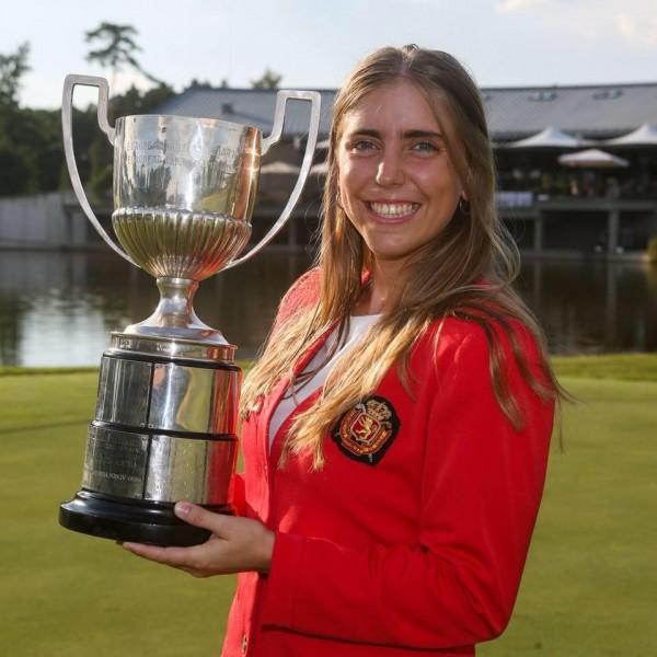歐洲女子業餘錦標賽冠軍、22歲的高爾夫女球手西莉亞(Celia Barquín Arozamena),17日遭到殺害後陳屍在美國愛荷華州一處高爾夫球場。(圖擷自Celia Barquín Arozamena臉書)