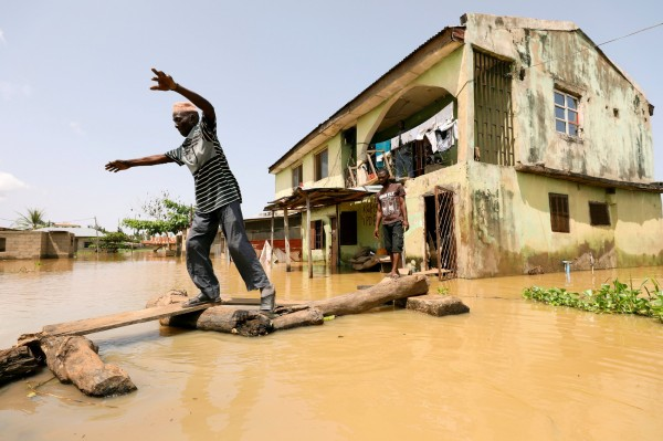 奈及利亞中南部發生大洪水,造成10個州共有100人死亡。(路透)