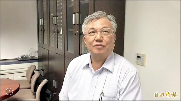 成功大學主秘李俊璋澄清表示,成大並未接受民間委託進行高雄市長選舉相關的民意調查。(記者劉婉君攝)