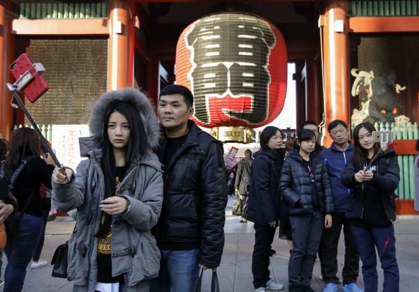 中國有旅遊業者統計,在「十一黃金週」出國旅遊目的地排行榜中,日本登上榜首。(歐新社)