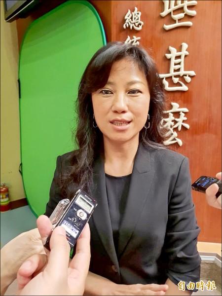 行政院發言人谷辣斯.尤達卡(Kolas Yotaka)坦言假新聞很難定義,不過,政院將繼續推動即時新聞澄清專區。(記者李欣芳攝)