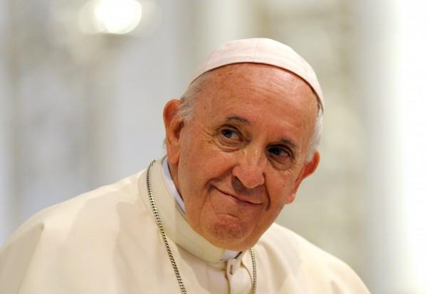 外電報導,中國與梵蒂岡可能最快下週達成簽署主教任命的協議。我外交部今表示,外交不是零和遊戲,最重要的就是繼續維持我國與梵蒂岡長久並且穩定的邦交。圖為教宗方濟各。(路透)