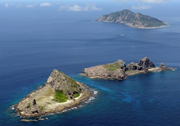 4艘中國海警船今(22日)上午在釣魚台海域外航行。(路透)