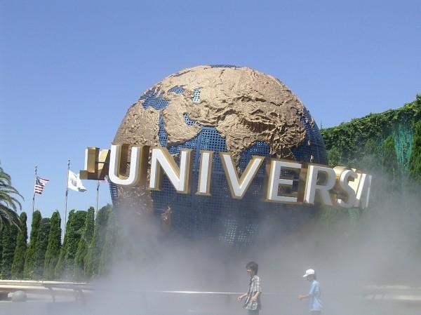 日本大阪環球影城(USJ)昨(27)日宣布,依照淡季和旺季的遊客需求,明年1月10日起門票將改用「浮動票價」。(翻攝自維基百科)