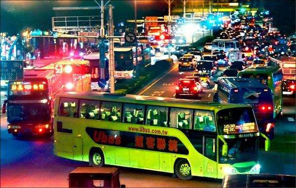 公路客運、市區客運鬆綁七休一有譜!(資料照)