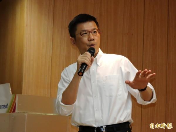 針對民進黨新北市長參選人蘇貞昌表示,新北市的用電缺口靠的就是中電北送,新北市政府發言人張其強批蘇製造對立。(資料照,記者賴筱桐攝)