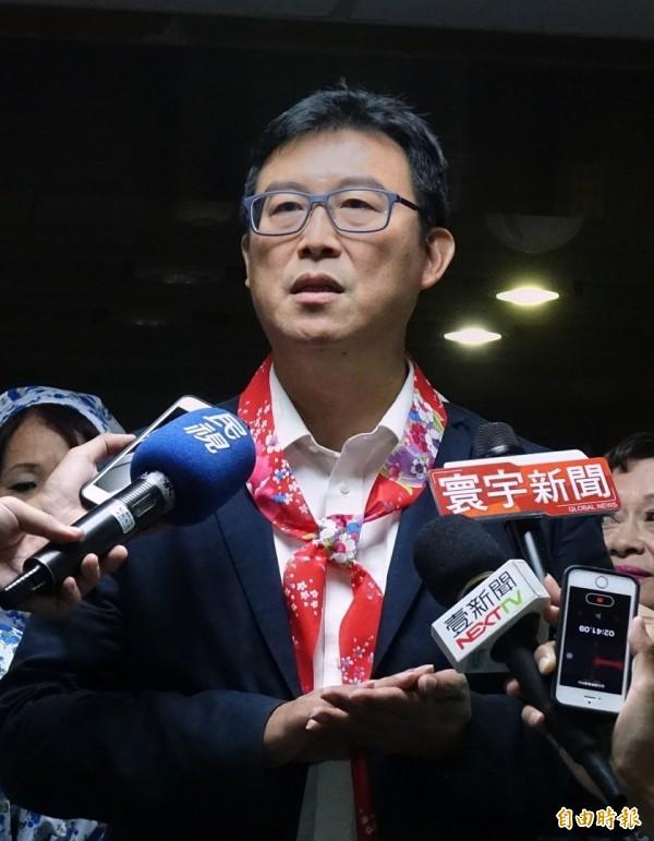 姚文智說,如果柯文哲在今晚姚文智的松山信義區後援會大會前,公開在媒體譴責中國暴行,他會在晚上公開致歉。(記者方賓照攝)