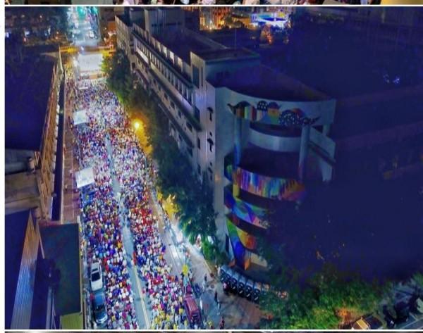 管碧玲在臉書PO出陳其邁造勢照片,長長人龍,官方公布人數為5000人。(圖擷取自管碧玲臉書)