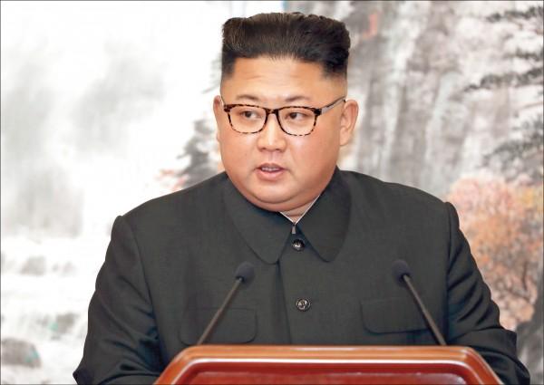 南韓表示,北韓領導人金正恩將透過南韓總統文在寅,邀請天主教教宗方濟各訪問北韓。(美聯社檔案照)