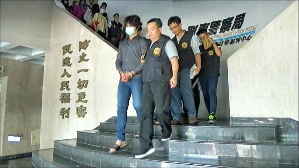 身高逾180公分的30歲男子范宗任,涉嫌偽開電子發票詐取212萬餘元獎金被逮捕。(記者張瑞楨翻攝)