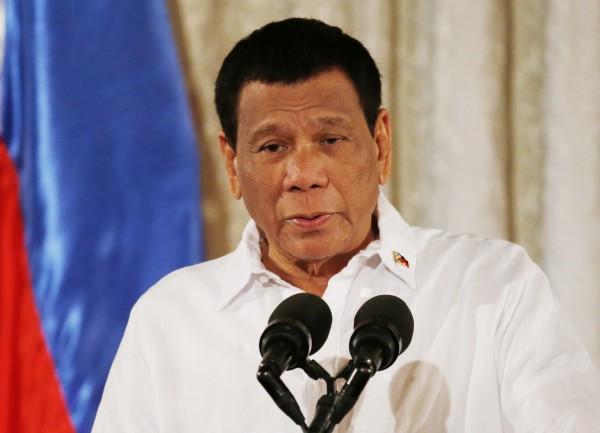 菲律賓總統杜特蒂向中國駐菲大使趙鑒華承諾,菲律賓不會參加美國11月的軍演。(資料圖 美聯社)