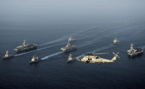 對抗中國擴張,「五眼聯盟」加強和德國、日本合作。圖為美日軍演。(法新社)