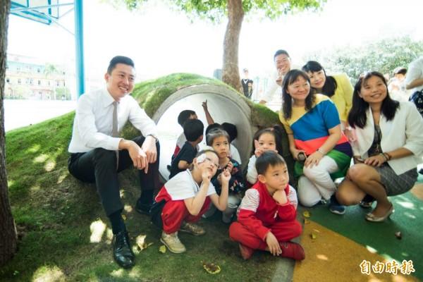 新竹市9月起實施4歲幼兒教育每年補助3萬元的福利政策,除讓5300個家庭受惠,也讓竹市4歲幼兒就讀的比例達近9成。(記者洪美秀攝)