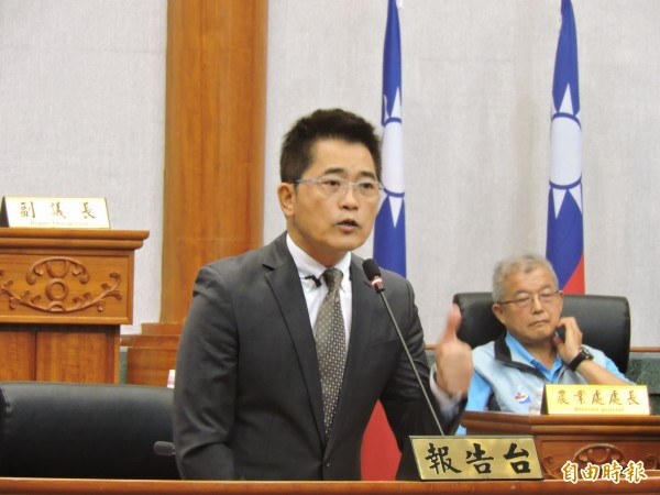 國民黨籍台東縣長黃健庭涉嫌替廠商逃漏稅,高等法院更一審判刑5月。