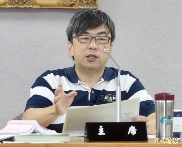 民進黨立委段宜康今在廣播節目(19日)表示,國民黨高雄市長候選人韓國瑜目前聲勢雖然不錯,但黨籍候選人陳其邁仍是「有意義的領先」。(資料照)