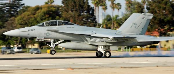 空軍過去曾和美方討論採購戰機需求,F/A-18E/F「超級大黃蜂」戰機是空軍最希望能用來執行高空攔截任務的機種。(路透)