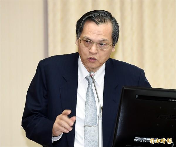 立法院內政委員會22日開會,陸委會主委陳明通列席備詢。(記者方賓照攝)