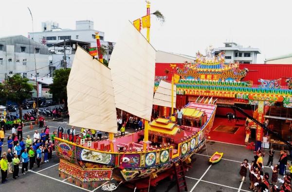 遠近馳名的山西宮,舉辦戊戌科王船醮活動。(記者吳俊鋒翻攝)