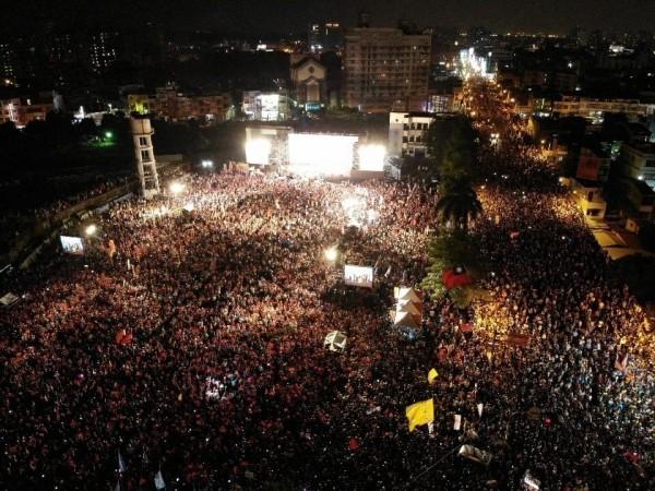 韓國瑜「三山大會師」鳳山場,主辦單宣稱湧入3萬人。(國民黨高雄市黨部提供)