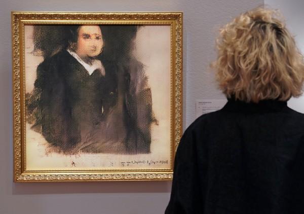 人工智慧(AI)繪製的肖像畫《貝拉米畫像》(Edmond de Belamy),25日在佳士德拍賣會上以43.2萬美元(約新台幣1334萬元)的價格拍出。(法新社)