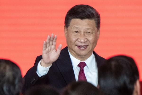 美國學者庫納賴吉斯(Markos Kounalakis)表示,中國國家主席習近平看似讓中國經濟快速增長,但主要依靠不公平的國際貿易和關稅等行為。(法新社資料照)