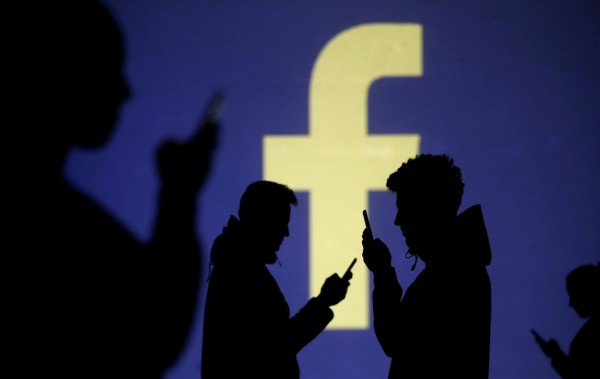 臉書為搶回年輕客群,正在開發「Lasso」對嘴APP。(路透)