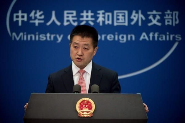 中國外交部發言人陸慷認為,美方口中的「正常國家」,定義上見仁見智。(法新社)