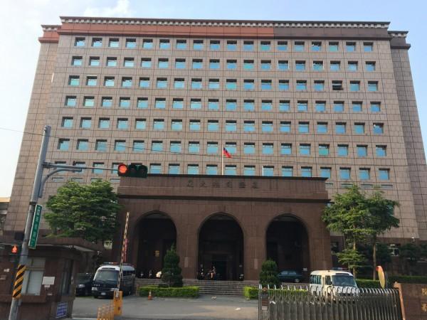基隆地方法院認定,鮑女偽造文書來台4次,判處有期徒刑4個月,得易科罰金(記者吳昇儒攝)