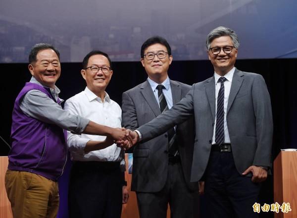 台北市長選舉今天舉行首場電視辯論。(記者方賓照攝)
