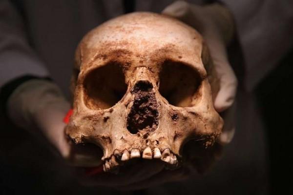 一名男子與兒子在萬聖節當天挖掘自家房子的地基,最後竟然發現了一具人骨,而他懷疑死者可能就是自兒時就下落不明的親生父親。(法新社資料圖)