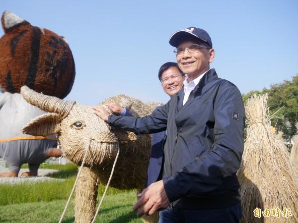 游錫堃出身農家,對牛有真摯感情。(記者張軒哲攝)