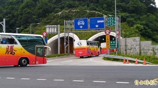 蘇花改5月7日通行大客車,各界認為開放大貨車行駛的日期不遠了。(資料照)