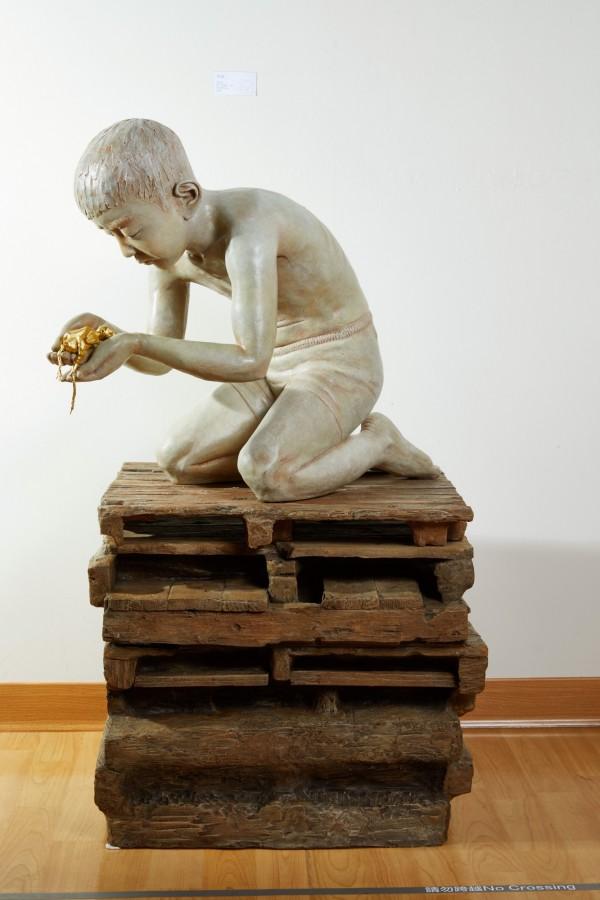 屏東獎得主張志發雕塑作品。(屏東縣文化處提供)