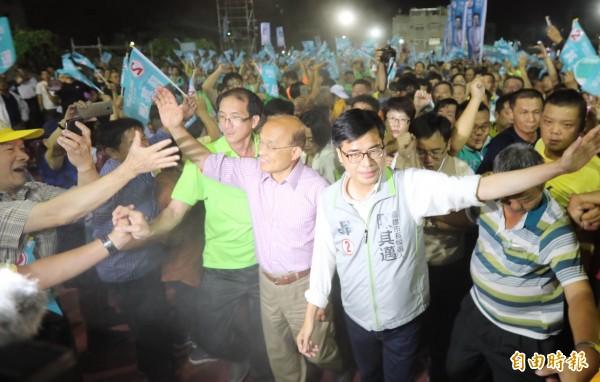 高雄市長選情緊繃,陳其邁貼身隨扈增為2人。(資料照)