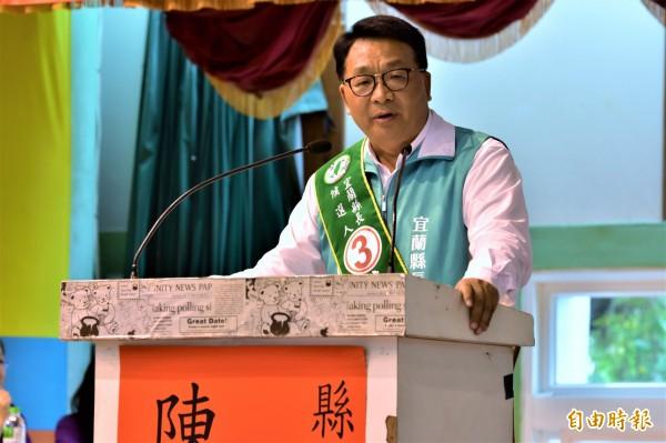 民進黨縣長候選人陳歐珀酸林姿妙不敢面對,以自身經驗強調,當縣長就要有勇氣承擔。(記者張議晨攝)
