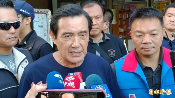 馬英九受訪表示,韓國瑜如果不需要助選,他也不勉強。(記者蔡文居攝)