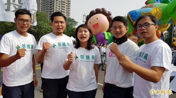高雄市長辯論藍綠對決後,基進黨批韓國瑜「豪洨」是事實。 (記者陳文嬋攝)
