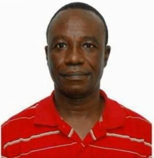 奈及利亞會計學教授阿金德勒(Richard Akindele),威脅女研究生和他一起啪啪啪5次。(圖擷自「Gina Kennedy」YouTube)